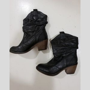 X appeal Mid height Black Cowgirl Boots size 6